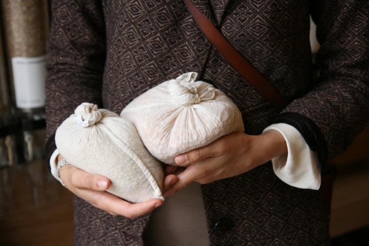 Foto: David Seetiangtham. Typosar som kan eliminere dei små plastposane er ei fin gåve. Kanskje du kan fylle dei med noko godt?